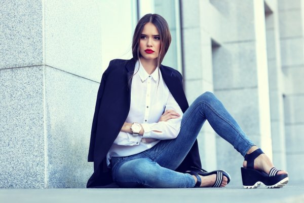 Tren Fashion Wanita Terbaru